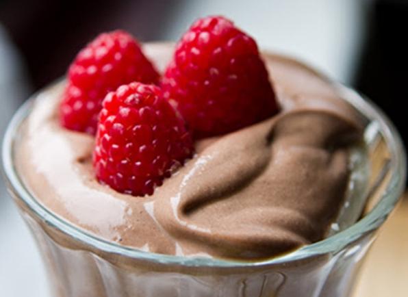 chocolademousse, buikspieren, eten, dieet, buik, abs, quest for abs, foodness