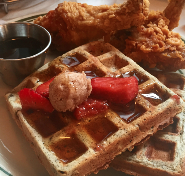 pies n thighs, kip, wafel, fried chicken, foodness, claartje, nyc, new york