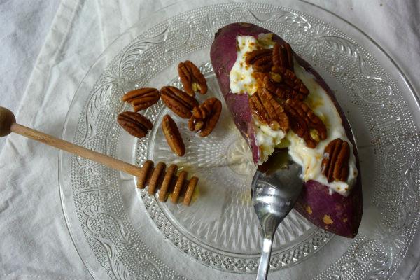 zoete aardappel, zoet, magnetron, pecan, ontbijt, kokosbloesemsuiker