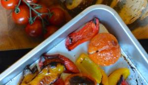 Alles-wat-nog-in-je-koelkast-ligt-soep van geroosterde groenten