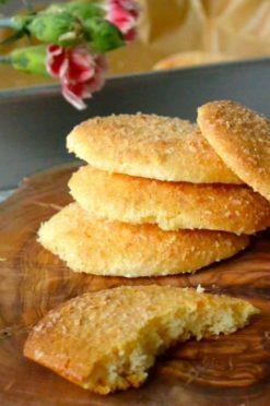 Super makkelijke kokoskoekjes met 2 ingrediënten