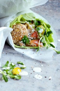 Luxe falafel wraps van witte kool