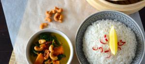 Curry met spinazie, pompoen en cashewnoten