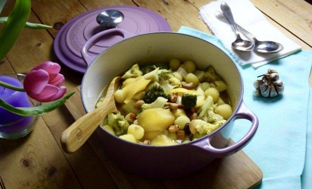 Mijn Moederdag recept: Kip-kerrie stoofpotje met mango en cashewnoten