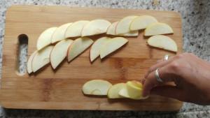 Paleo muffins met appelroosjes en aardbeienjam