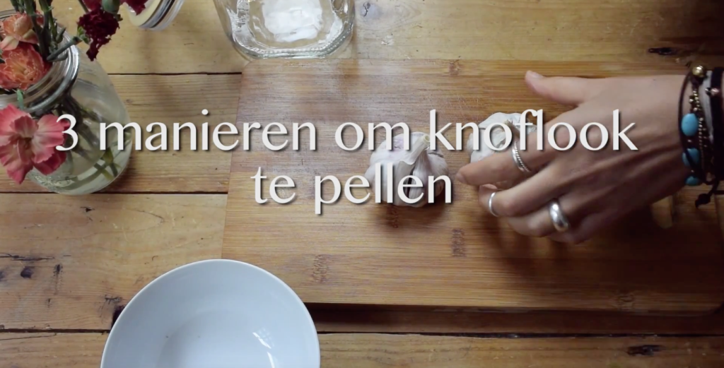Food Hack: Knoflook pellen - Foodness.nl