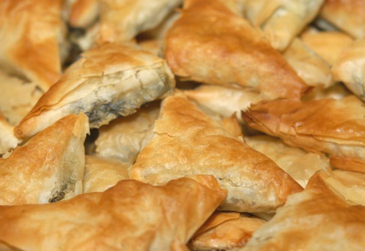 Marokkaanse samosa's met kip en noten