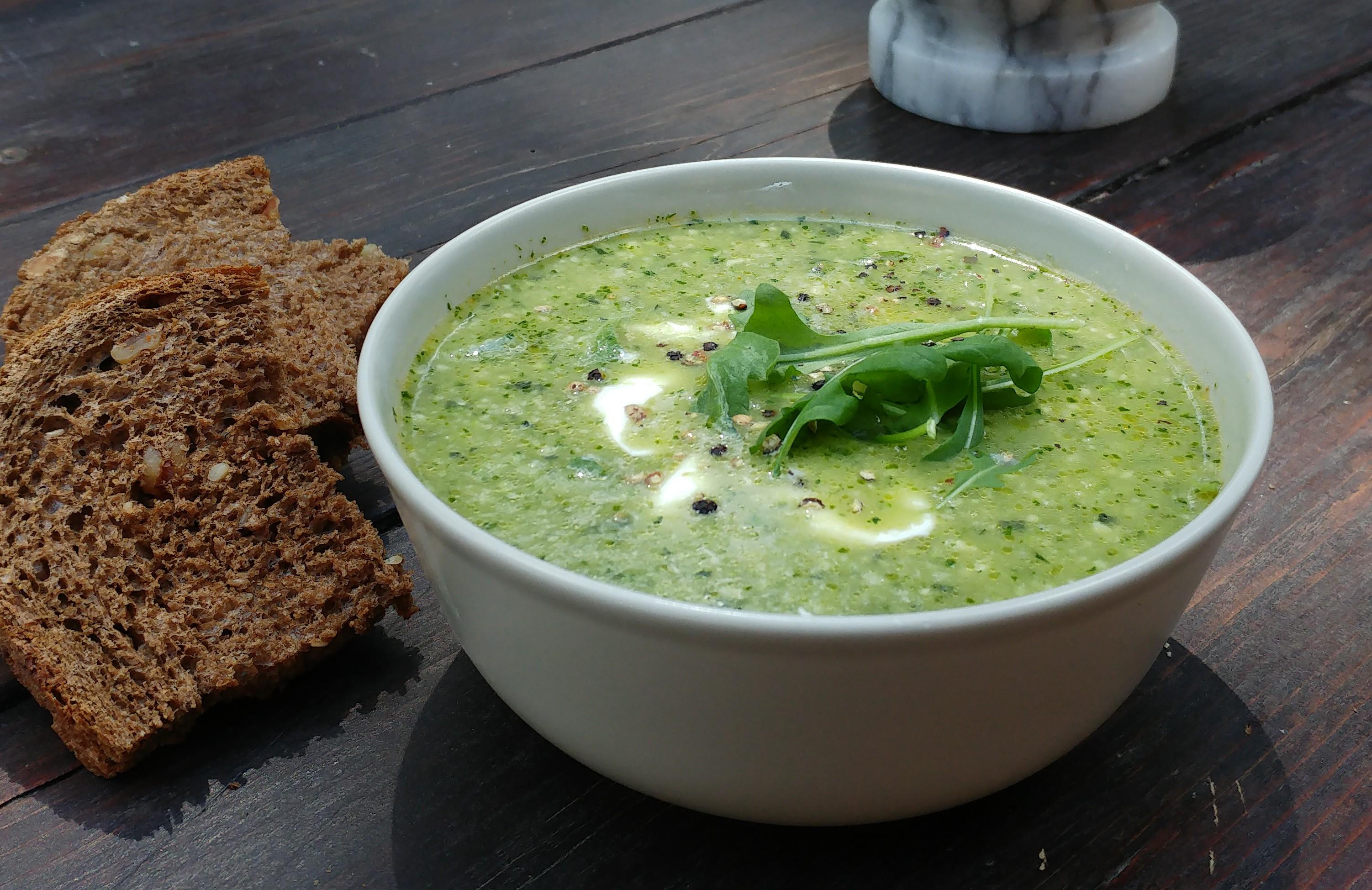Groene komkommer gazpacho - Yoga & Food Retreat Italië
