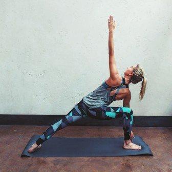 5 Ashtanga yoga poses voor elke dag