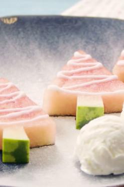 Slank kerstdessert: kerstboompjes van watermeloen