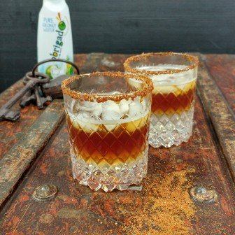 http://foodness.nl/recipe/alcoholvrije-cocktail-kokoswater-met-espresso-mocktail/
