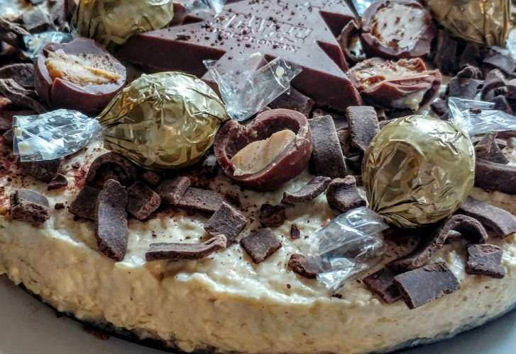 Baileys cheesecake met Oreo bodem, Tony en extra dikke chocoladevlokken
