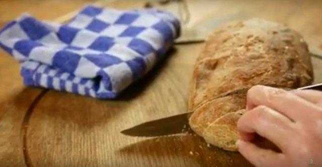 Zelf gezond (spelt)brood bakken