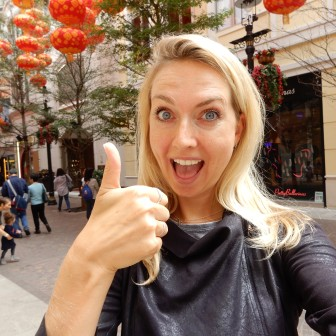 Video: What I eat in a day in Hong Kong (#5): Pho ga & Chinese sesam-pindakaas koekjes