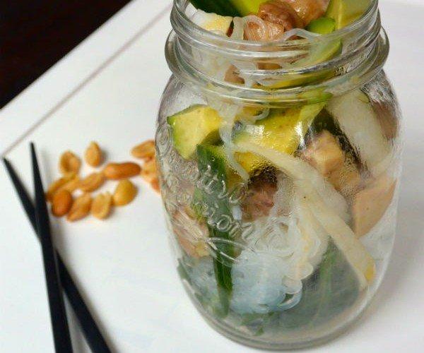 Noedelsalade als gezonde lunch