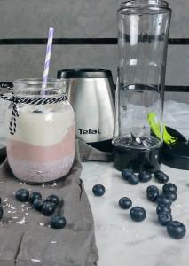 Regenboog smoothie van rood fruit met Tefal blender On-the-Go