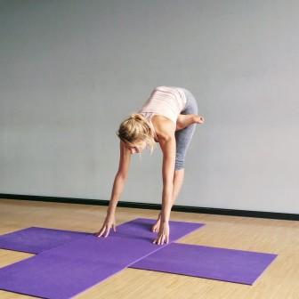 WIN: 10x les hot yoga voor jou & vriendin bij Absolute Yoga Amsterdam + mega goodiebag twv €100,-!