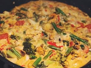 Homemade curry met mosselen, bloemkool en boontjes
