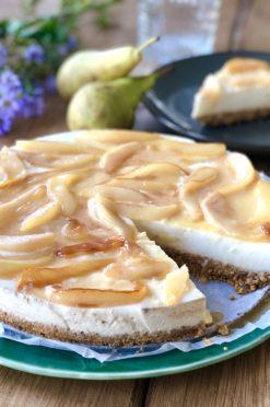 Kwarktaart karamel met peer | Zoet | Bakken - Foodness.nl