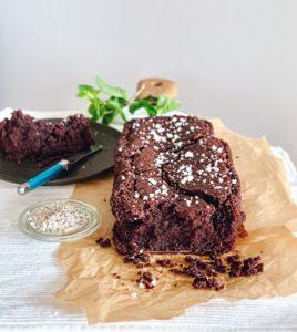 Vegan smeltende brownies met zeezout | Bakken met margarine - Foodness.nl