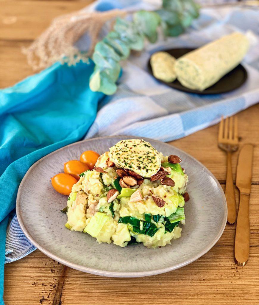 Stamppot met prei, amandelen & homemade vegan kruidenboter | Vegan dinner