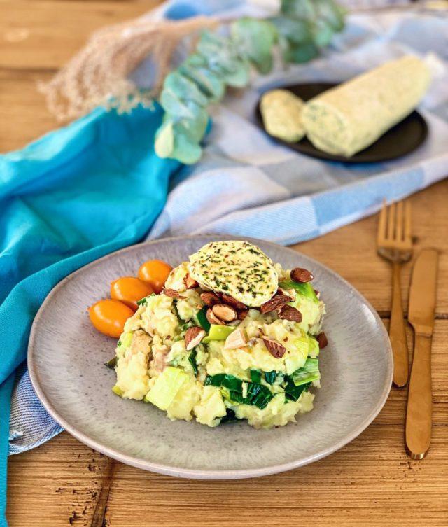 Stamppot met prei, amandelen & homemade vegan kruidenboter   Vegan dinner