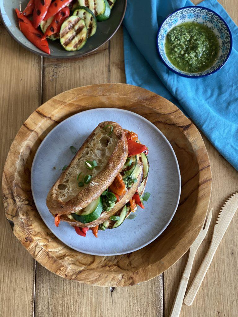 Plantaardige klassieker: club sandwich! + Bestaat duurzame palmolie?