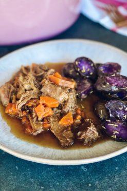 Stoofpotje met rundvlees en donker bier | Hoofdgerecht vlees - Foodness