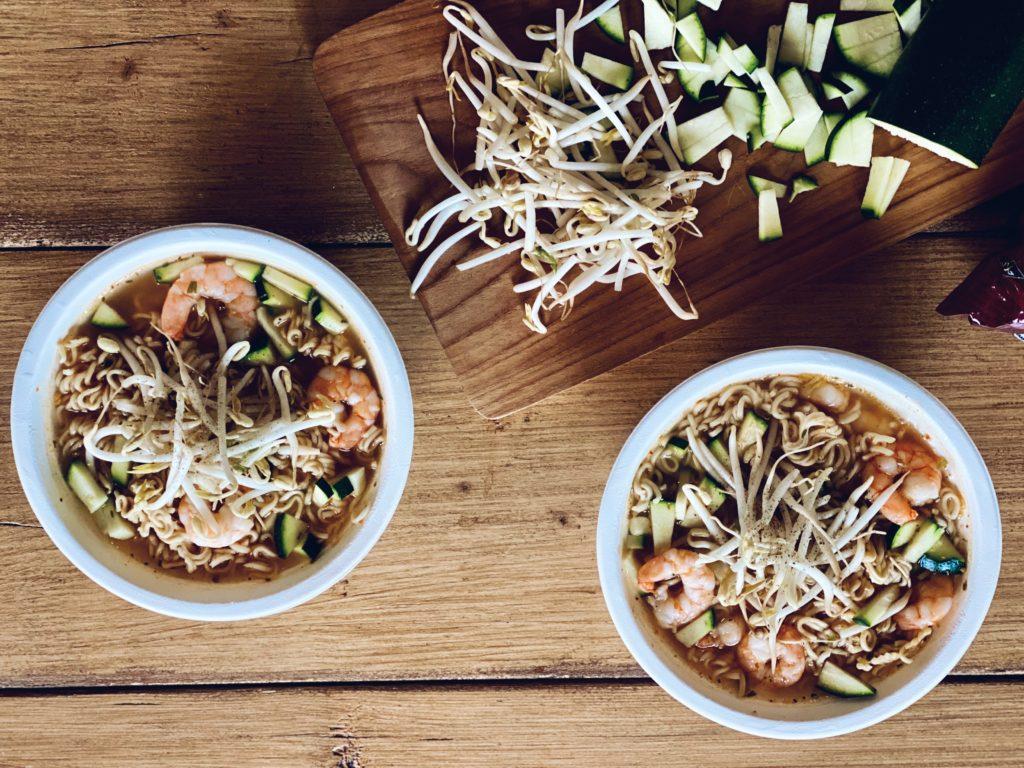 Instant noodle soep met garnalen - Koken zonder keuken #2
