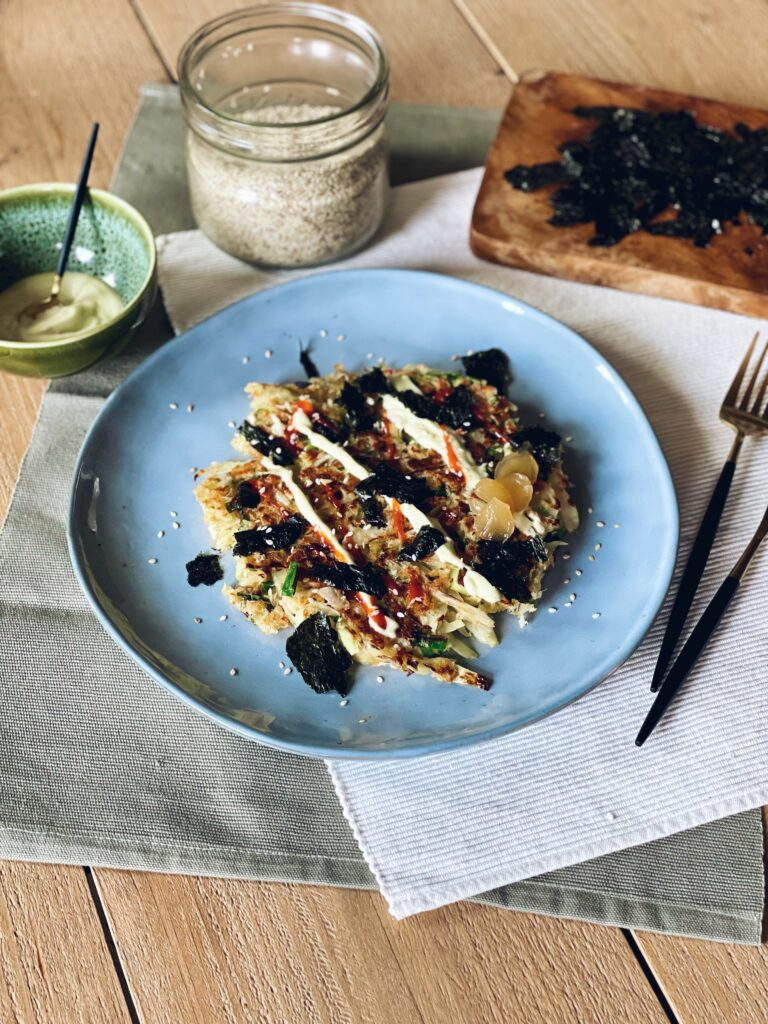 Okonomiyaki: hartige Japanse pannenkoek