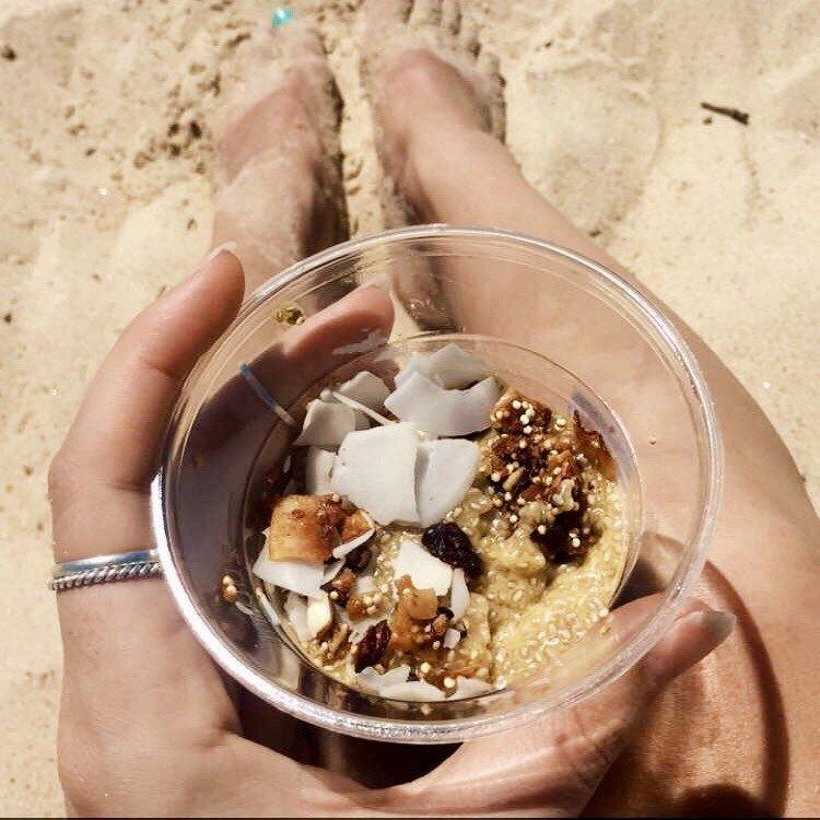 Chia/zangzaad ontbijt: chiapudding met mango en kokos