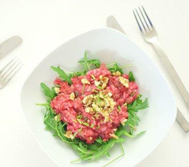 rode risotto met geitenkaas en noten