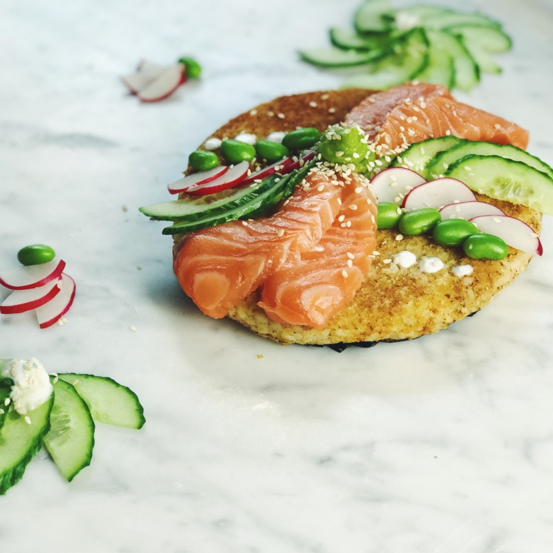 Video: Sushi pizza met zalm en sojaboontjes