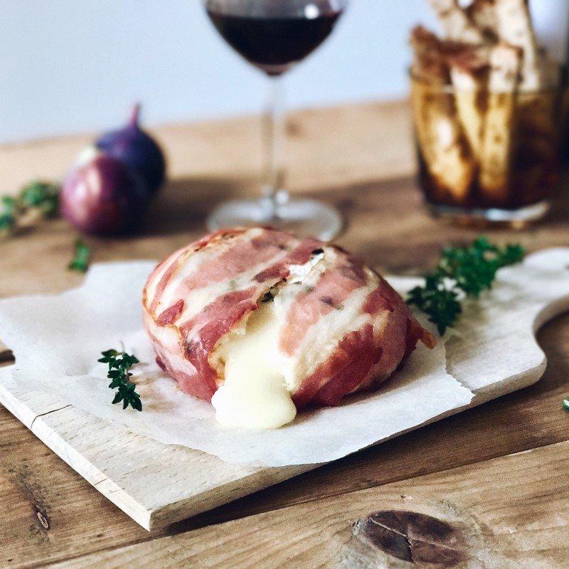 Kerst recept: Camembert in bacon pakketje