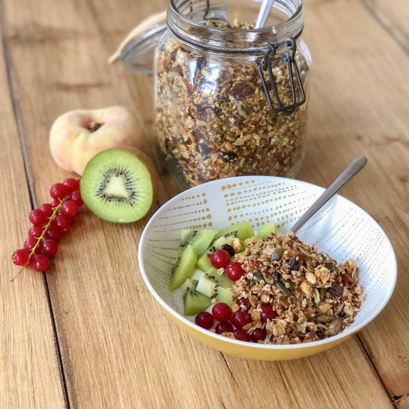 Homemade granola met lijnzaad en pompoenpitten: makkelijk & gezond!