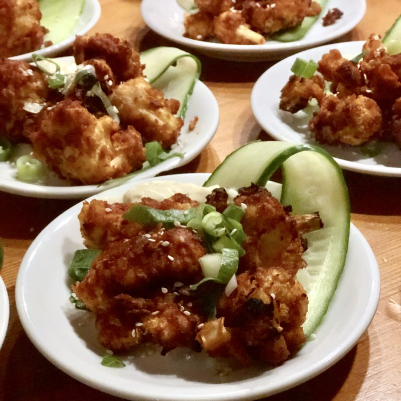 Crispy cauliflower: vega bloemkoolroosjes met krokant korstje
