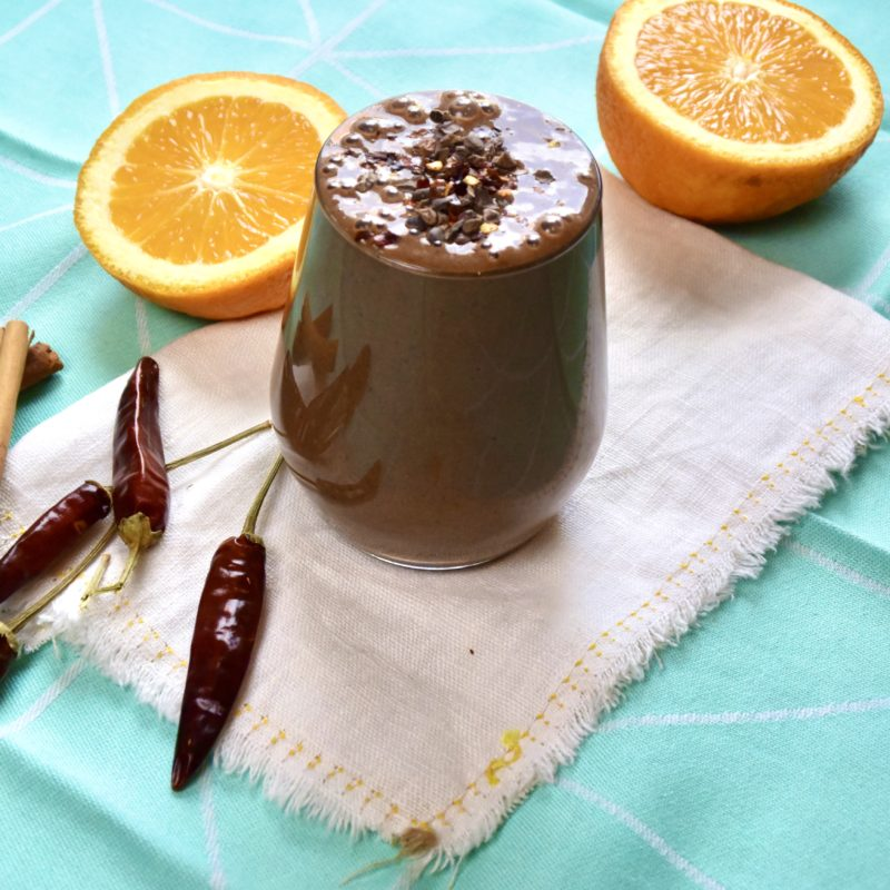 Chocoladesmoothie met banaan, cacao en peper