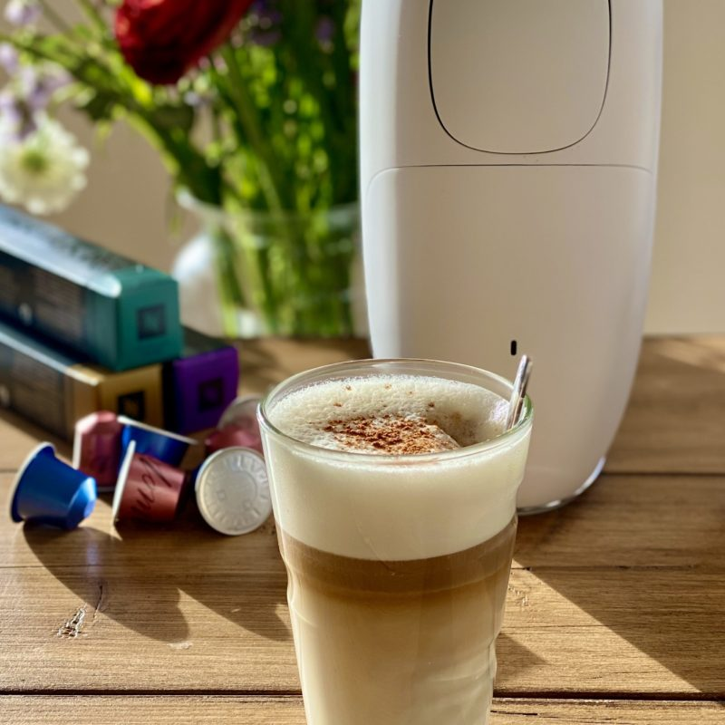 Salted caramel latte | O by Nespresso | Vegan - Foodness.nl